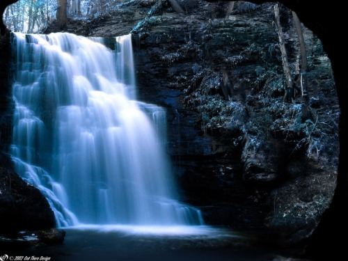 deep-blue-waterfall